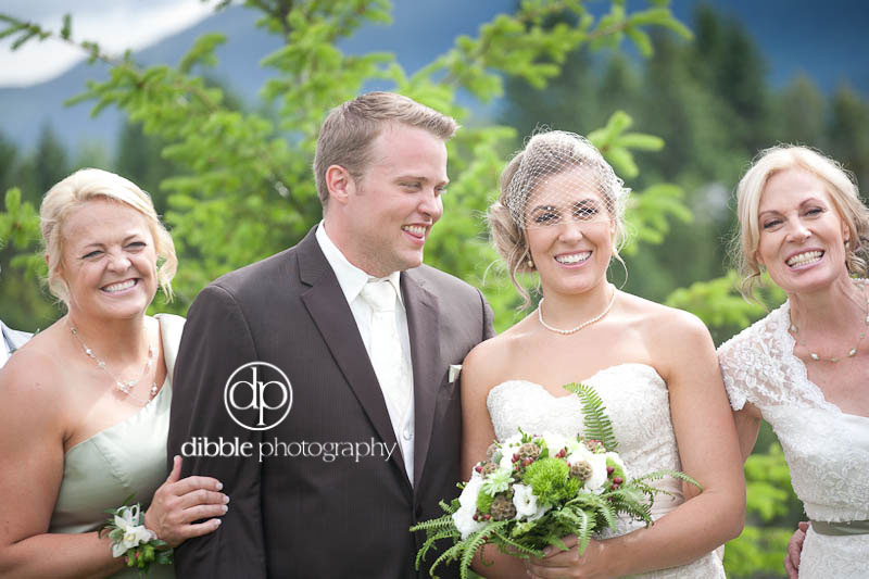 invermere-backyard-wedding-161.jpg