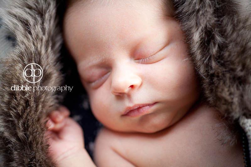 graeme-newborn-portraits-11.jpg