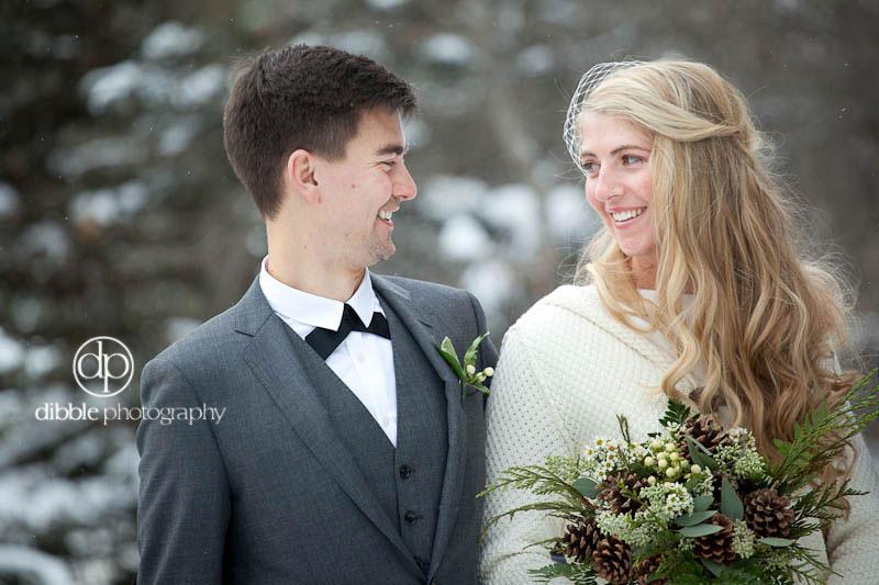 lake-louise-winter-wedding-02.jpg
