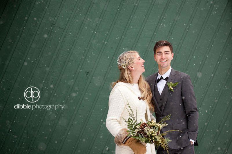 lake-louise-winter-wedding-06.jpg