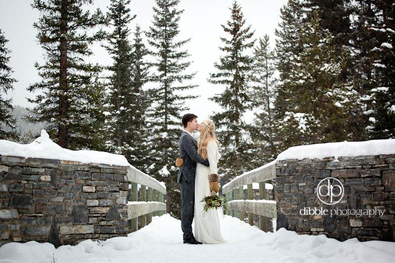 lake-louise-winter-wedding-10.jpg