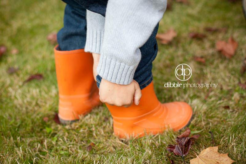 kids orange rubber boots