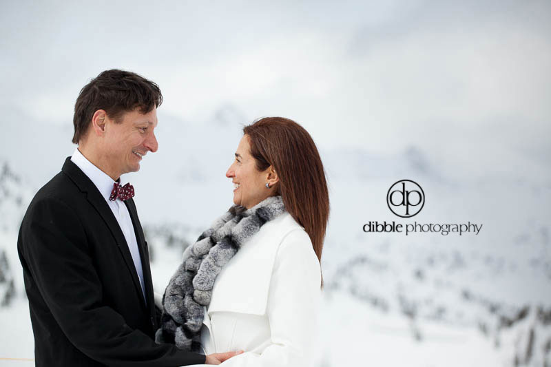 kicking-horse-winter-elopement-jm14.jpg