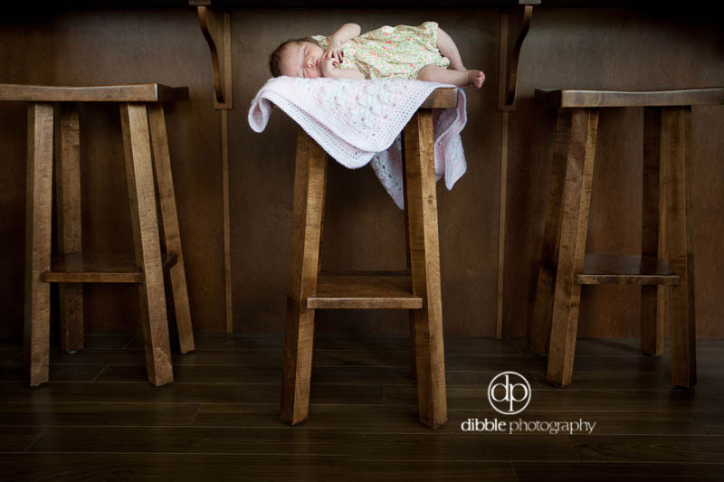 golden-bc-newborn-portraits-e04.jpg