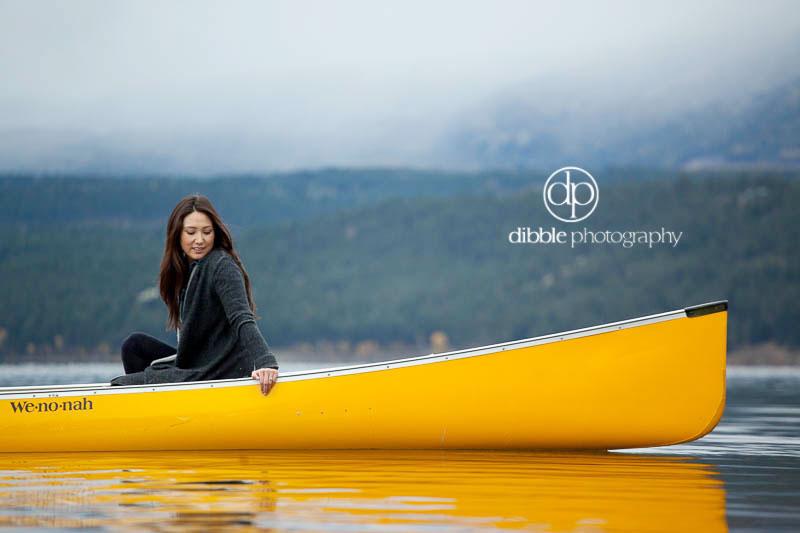 invermere-canoe-engagement-JM10.jpg