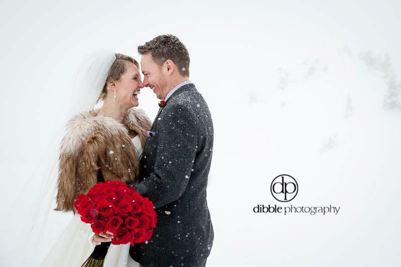 kicking-horse-winter-wedding-ga14.jpg