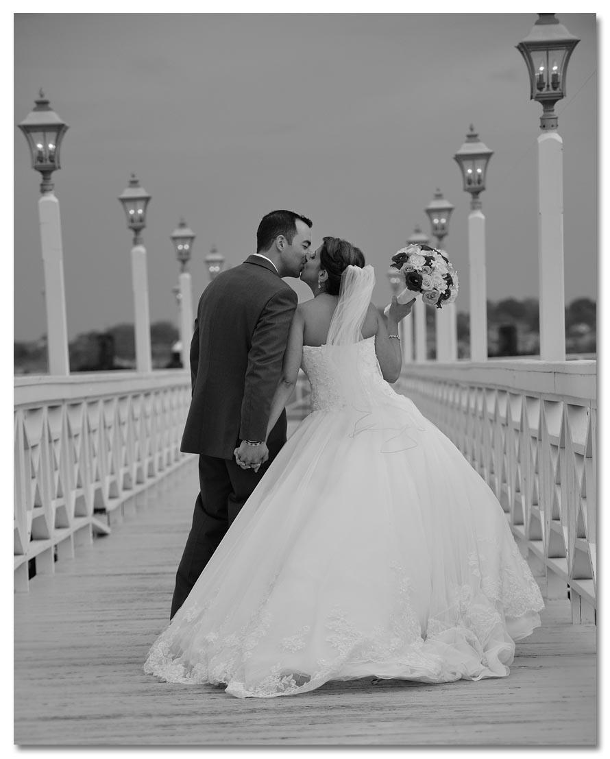 wedding 9i38w small.jpg