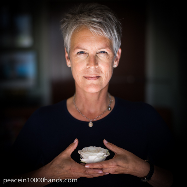 Jamie-Lee-Curtis-Peace-in-10000-Hands.jpg