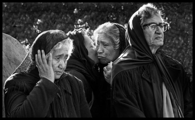 (C) Copyright Bob Tulloch - Documentary Category - Bronze Image