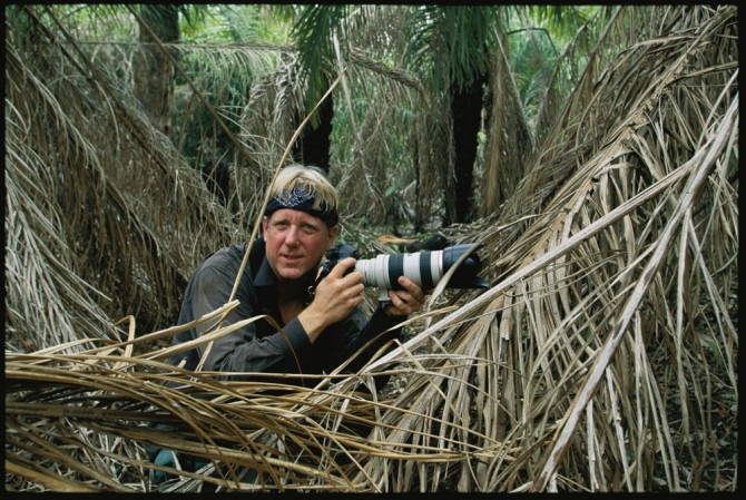 Steve-Winter-in-the-field-Brazil_CR-Steve-Winter-670x449.jpg