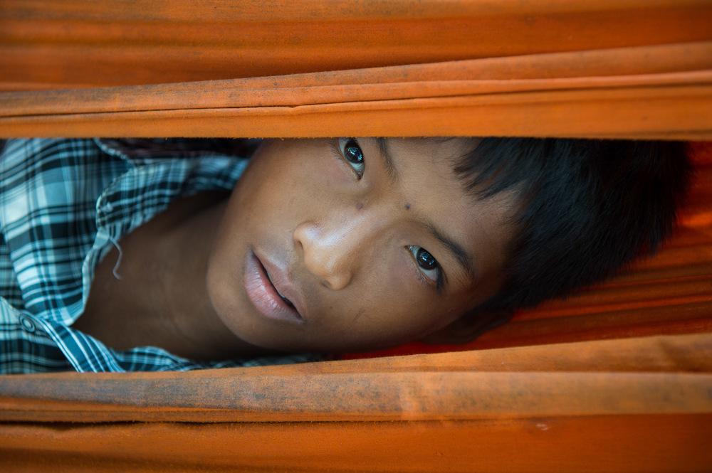 Boy in hammock;Nikon D4S, 70mm, f/4, 1/200s, ISO 400