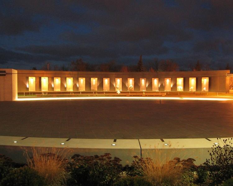 Michigan vietnam memorial monument u2014 focus lighting architectural