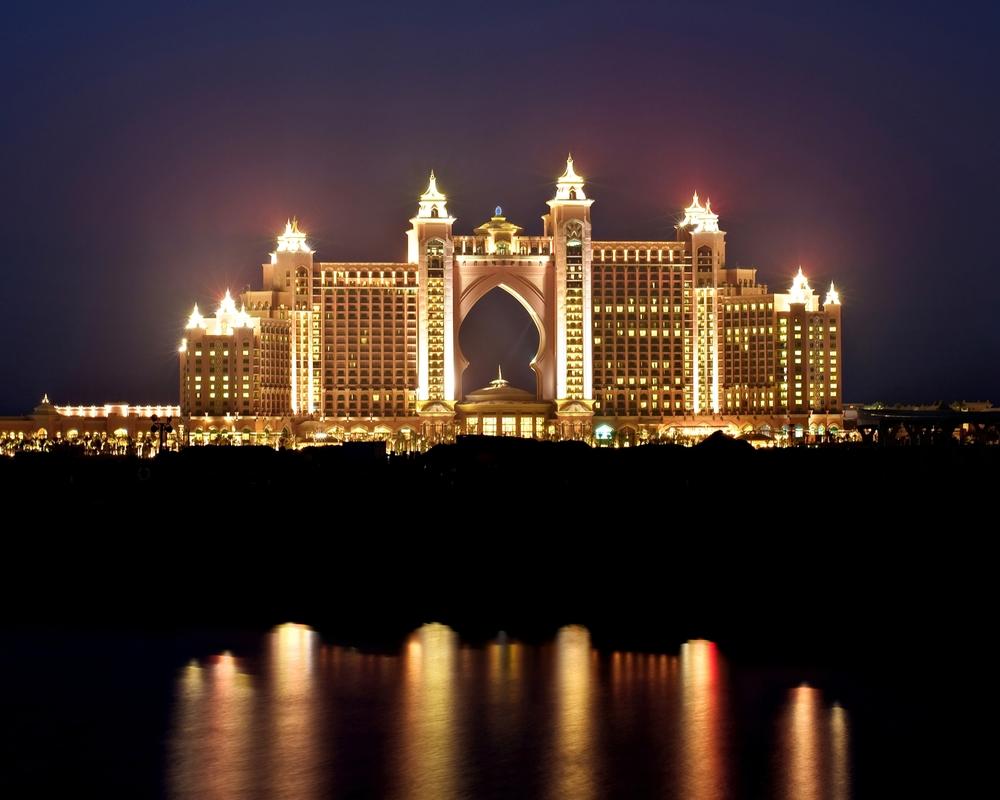 Atlantis the palm dubai u focus lighting architectural lighting