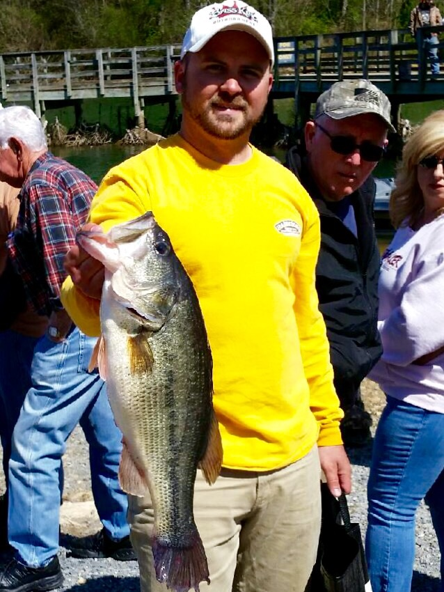 Greg Pugesek - 7.39 lbs. (Big Bass)