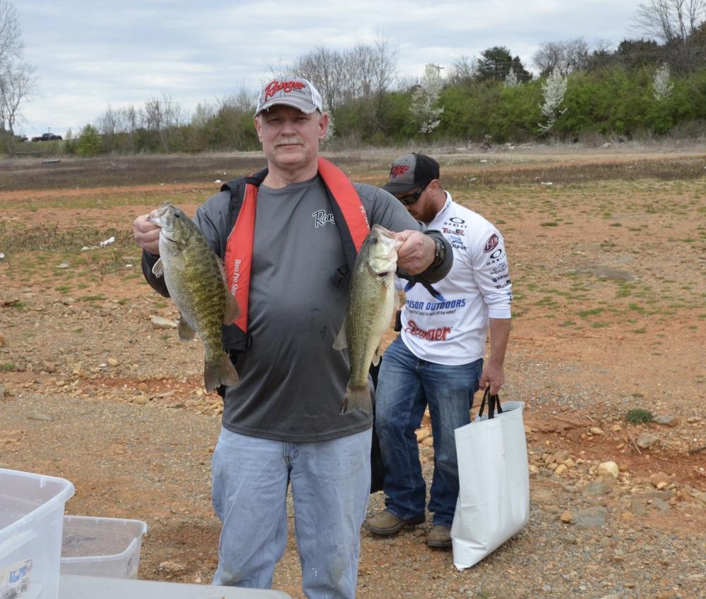 Bob Harvey - 12.30 lbs.