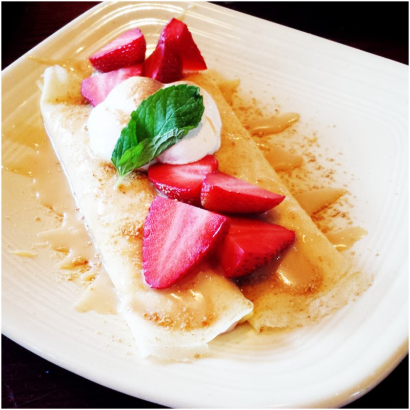 Strawberry Cheesecale Crepe