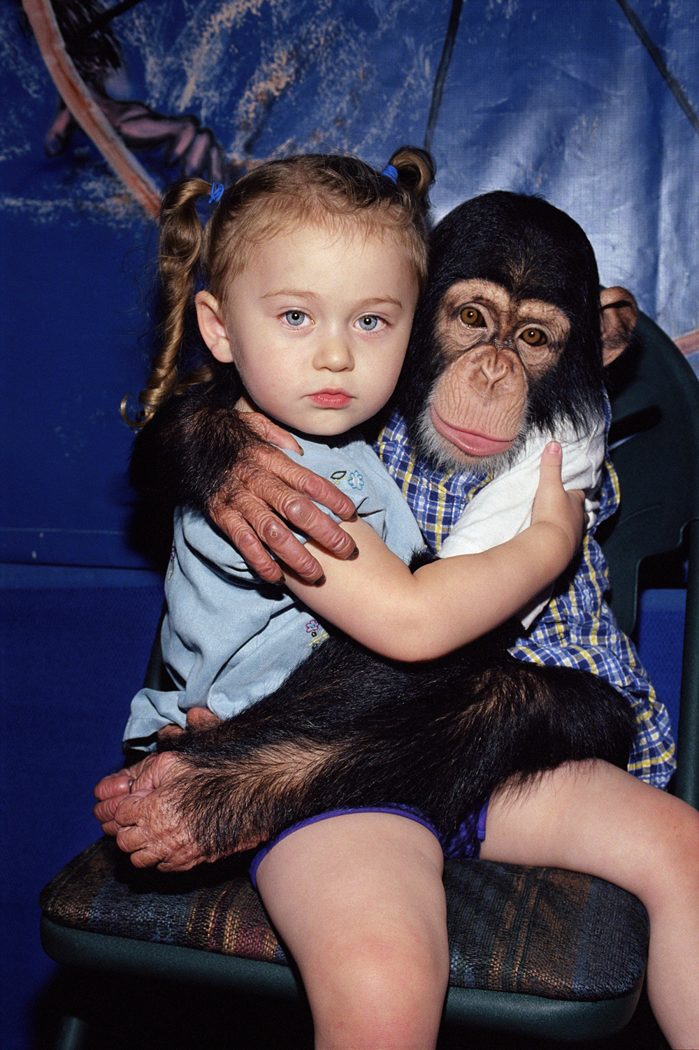 """Amelia and Ricky, 3 and 2 years old"", 2002, ©Robin Schwartz"