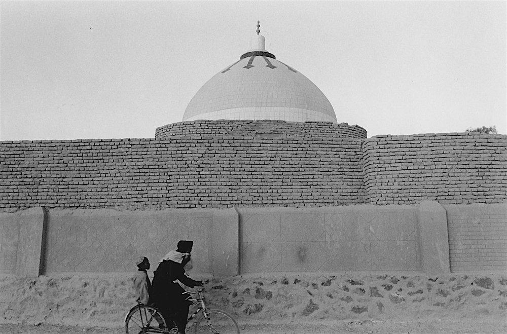 ©  Ed Grazda   Mulla Omar's Tomb, Kandahar, Afghanistan 2002