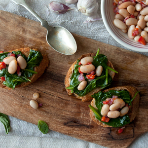 Crostini with White Beans and Spinach