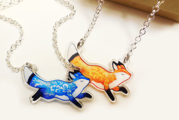 ARTISTIC FOX NECKLACE DESIGN