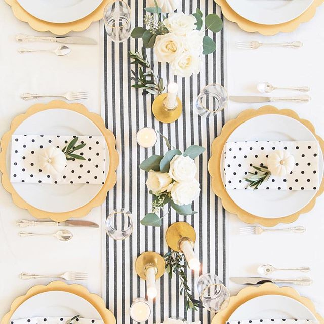 Oh hey friends, I love when I finally get to show you what I have been working on for the past year! #sugarpaperxtarget is back, and this year we added entertaining and decor! Mark your calendar for November 1st because this collection will go fast! #targetstyle #teamtarget #sugarpaperla #sugarpaperfortarget #ilovemyjob #designerlife #holidaydecor #holidayentertaining