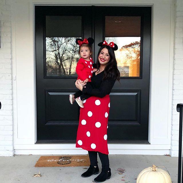 Happy Halloween from my Minnie me and I! #avacharlotte #myminime #minniemouse #happyhalloween