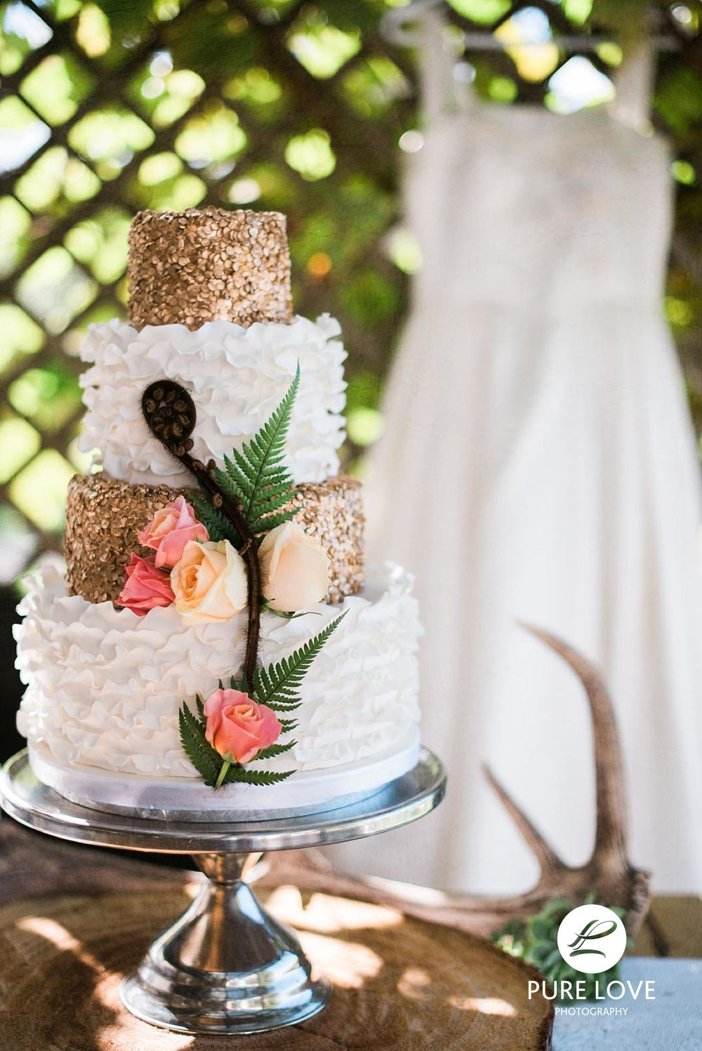 Gorgeous rustic wedding cake made by  Our Cake Company , Rotorua.