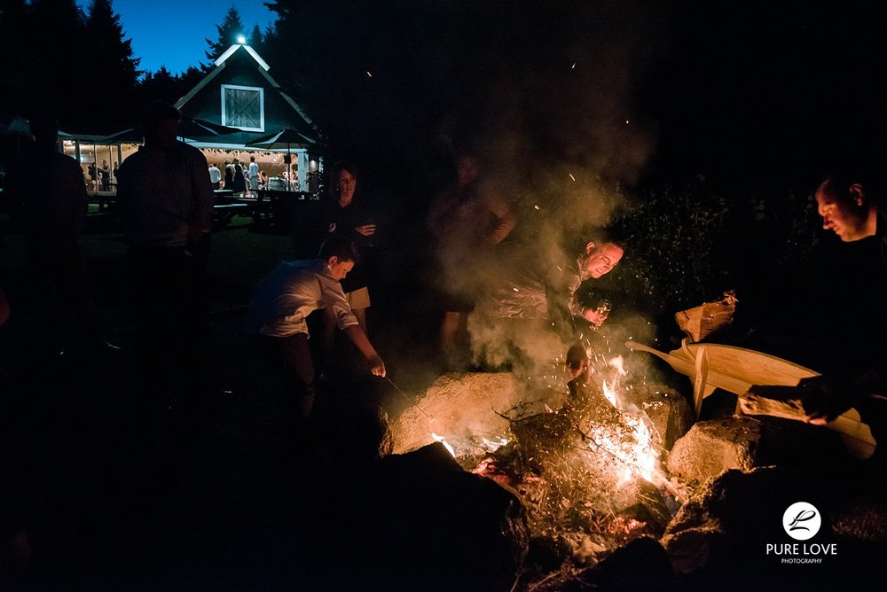 the black barn bon fire