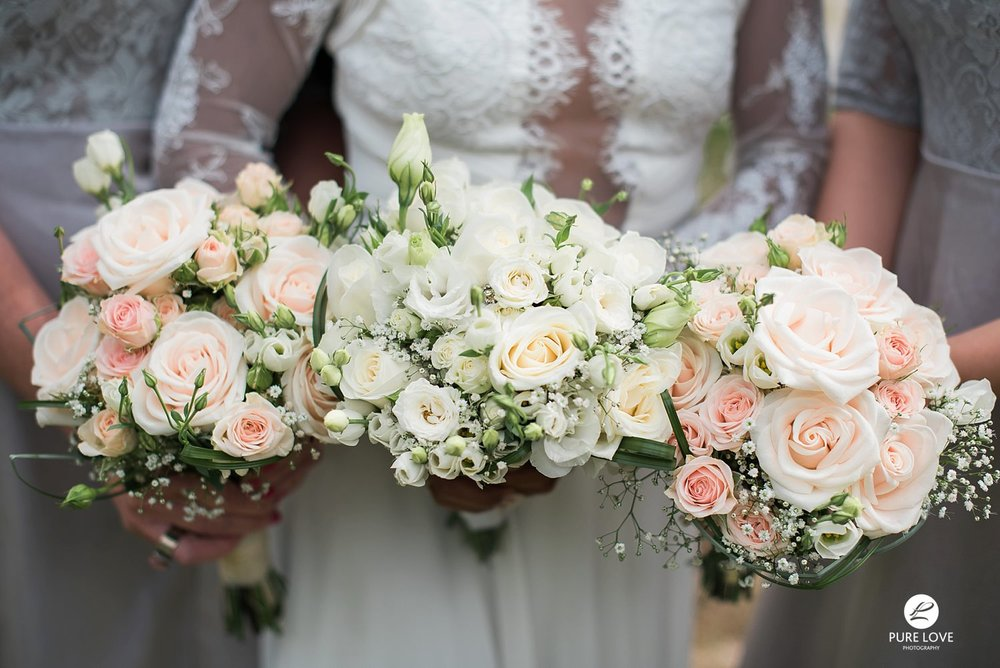 white pink pastel rose wedding flowers