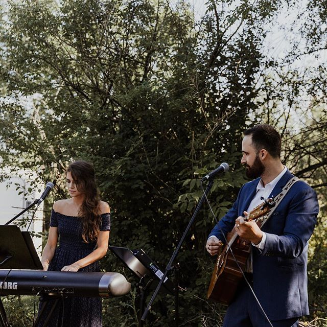 Tis' the season for weddings 💏 #teamraycroft