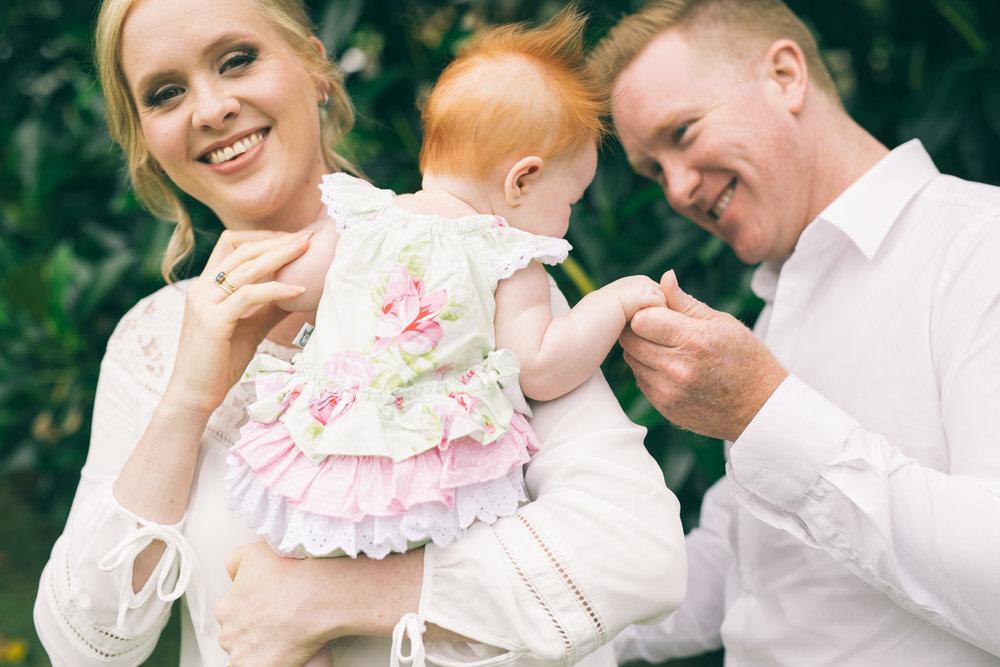 Erin family photo shoot LR-63.jpg