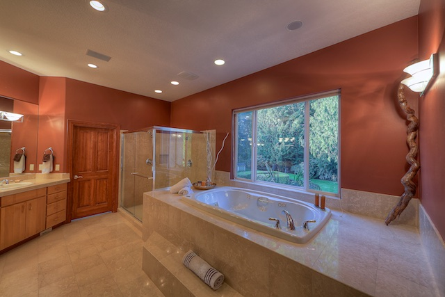 Master Tub-Shower.jpg