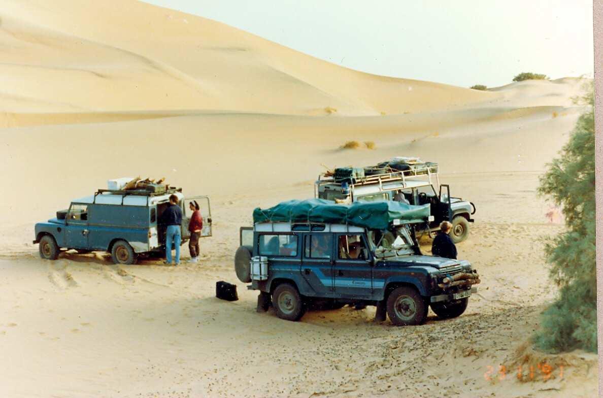 Algeria Landy Convoy Overnight In Salah-Tamanarasat1