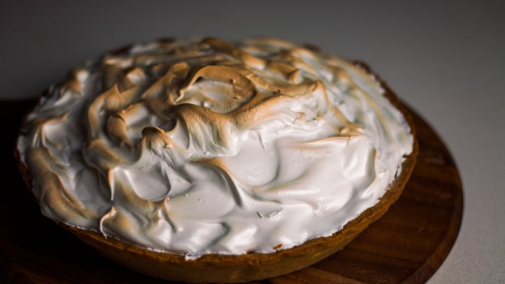 Beautiful glossy meringue