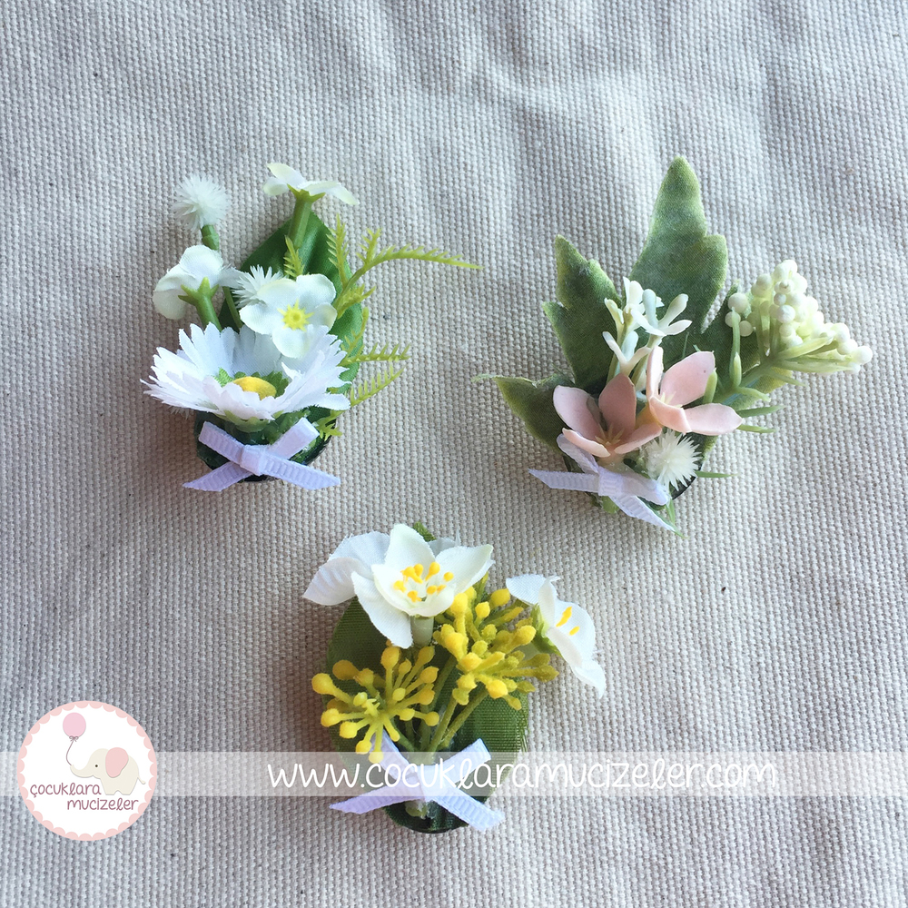 Kır Çiçeği Demetlerinden yaka İğneleri