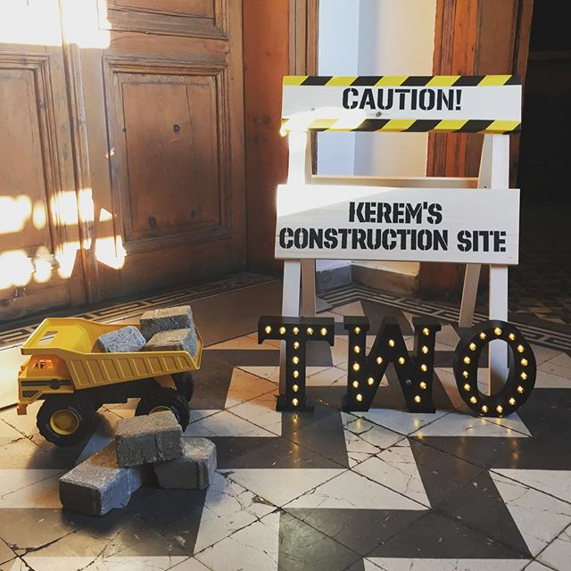 Kerem's Construction Site🚧 #cocuklaramucizeler #kerem2yaşında #birthdayparty #constructionparty #insaattemaliparti #karsilamapanosu