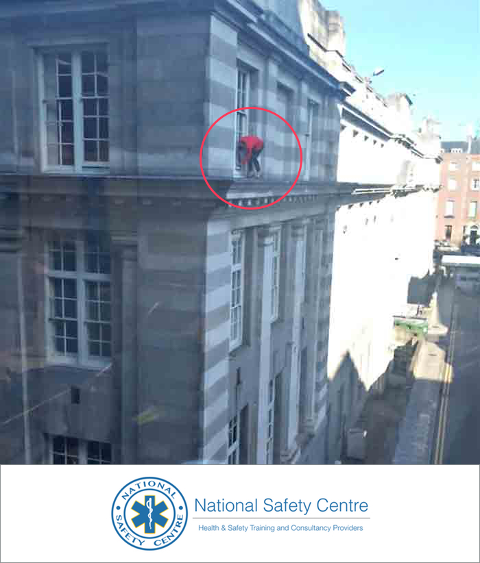 Department of the Taoiseach Window Cleaning