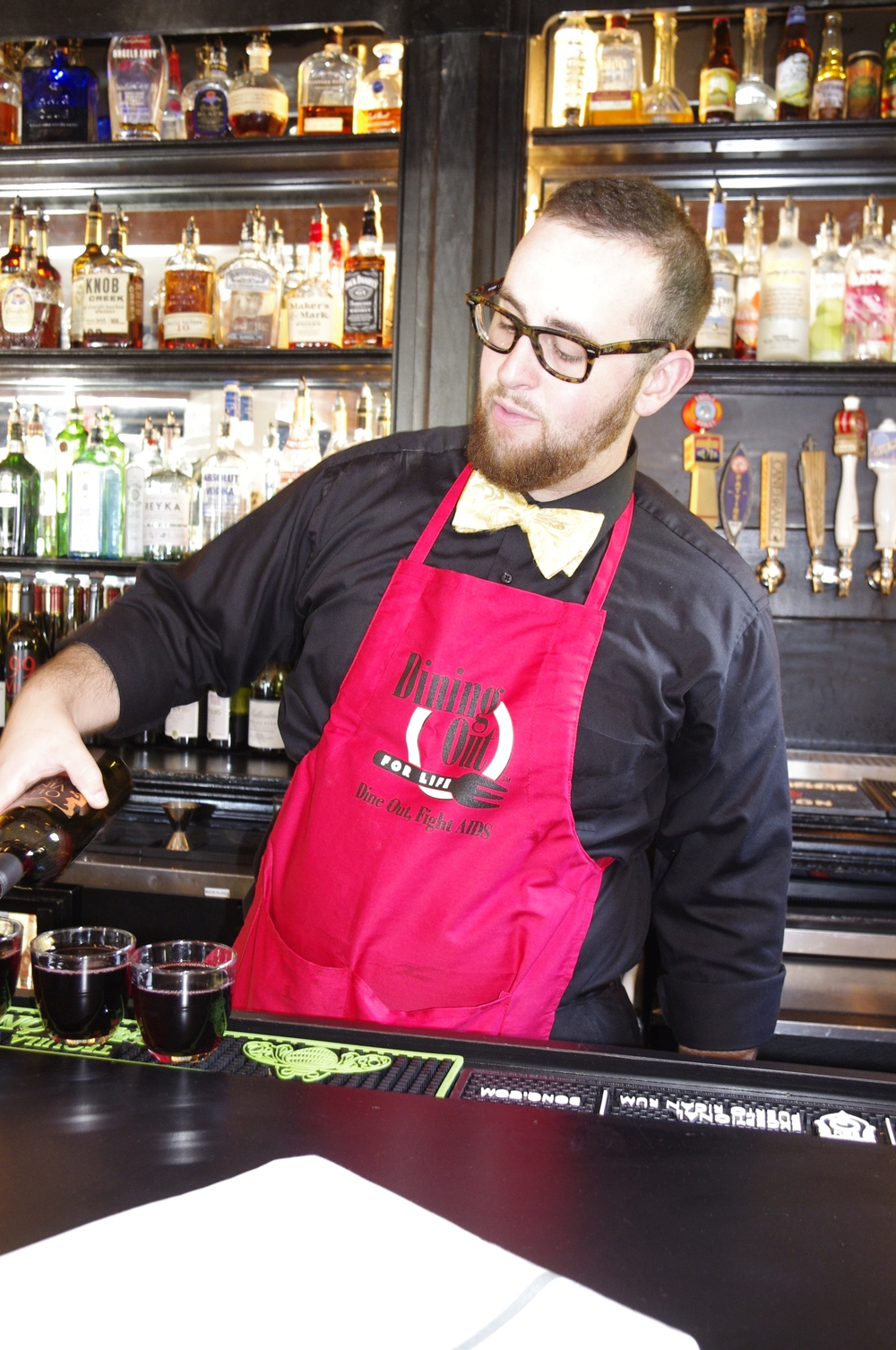 Bartender with apron.jpg