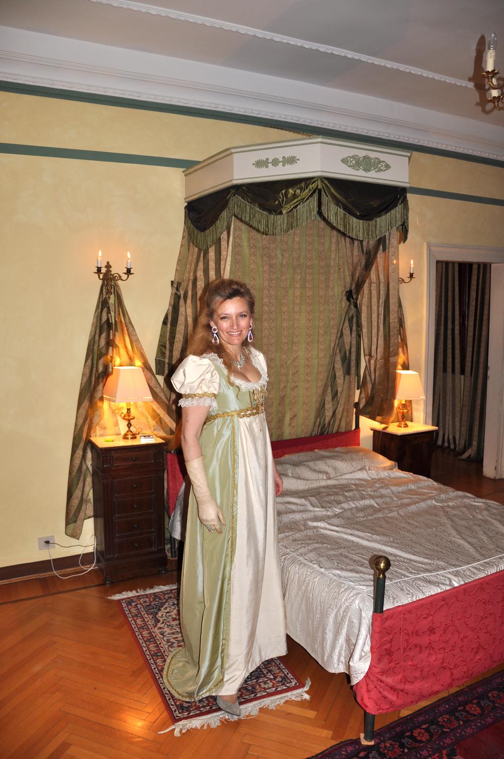 Robe Napoléon 1er en soie ivoire et verte