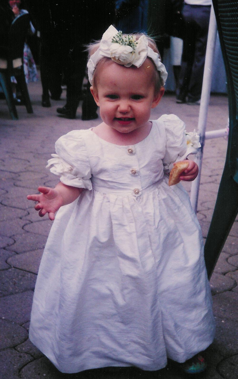 Robe de petite fille d'honneur en soie sauvage écrue