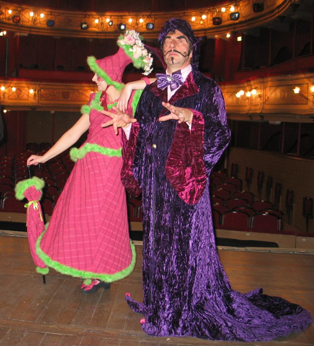 """Costumes de scène pour la pièce de théâtre """"Clowns et Cie"""""""