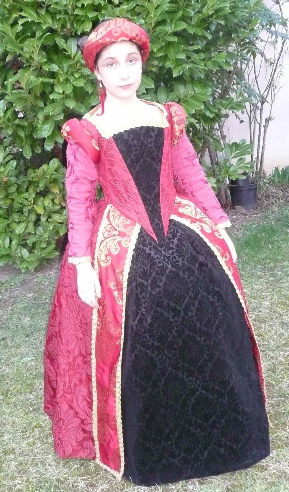 face robe renaissance melo.jpg