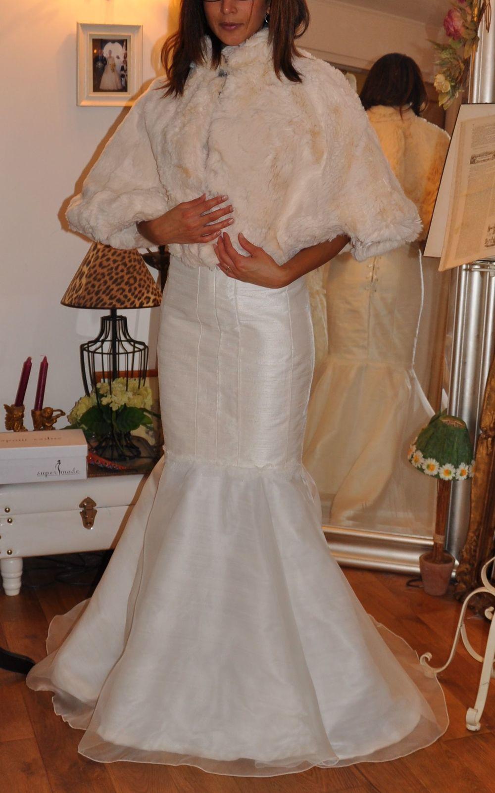 Cape de mariée courte en fausse fourrure écrue