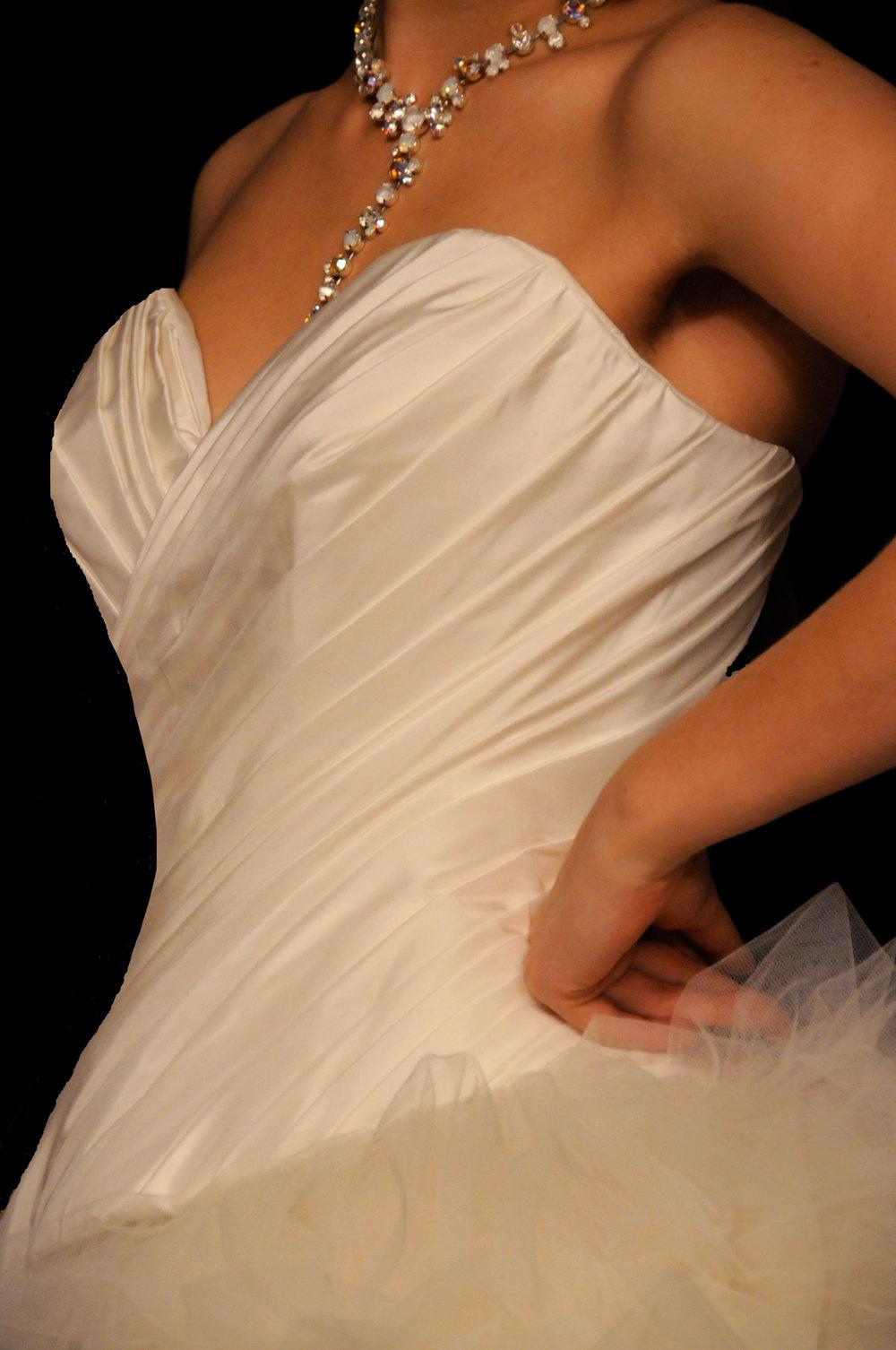 Corset de robe de mariée en taffetas drapé Agnès Szabelewski.jpg