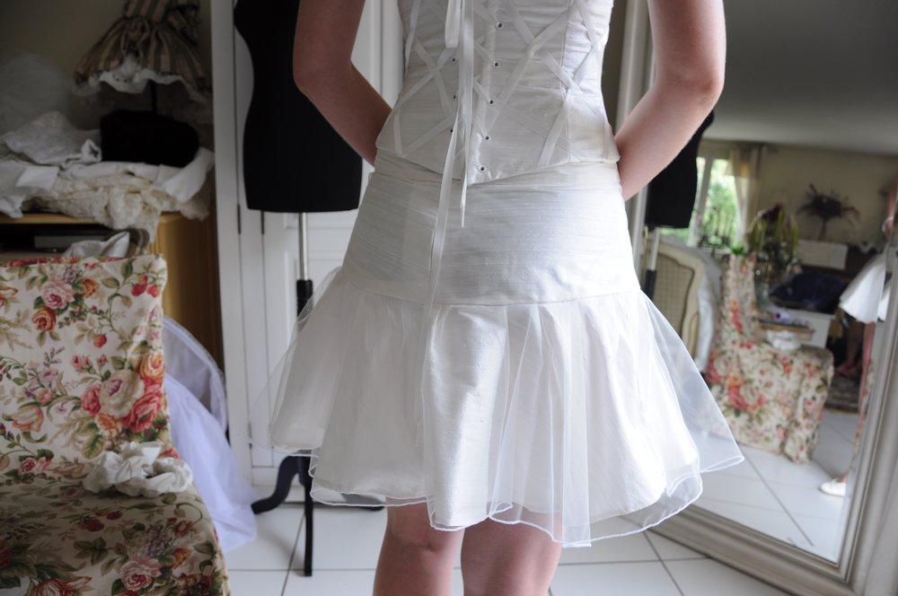 Robe de mariée petite jupe courte soie Agnes Szabelewski.jpg