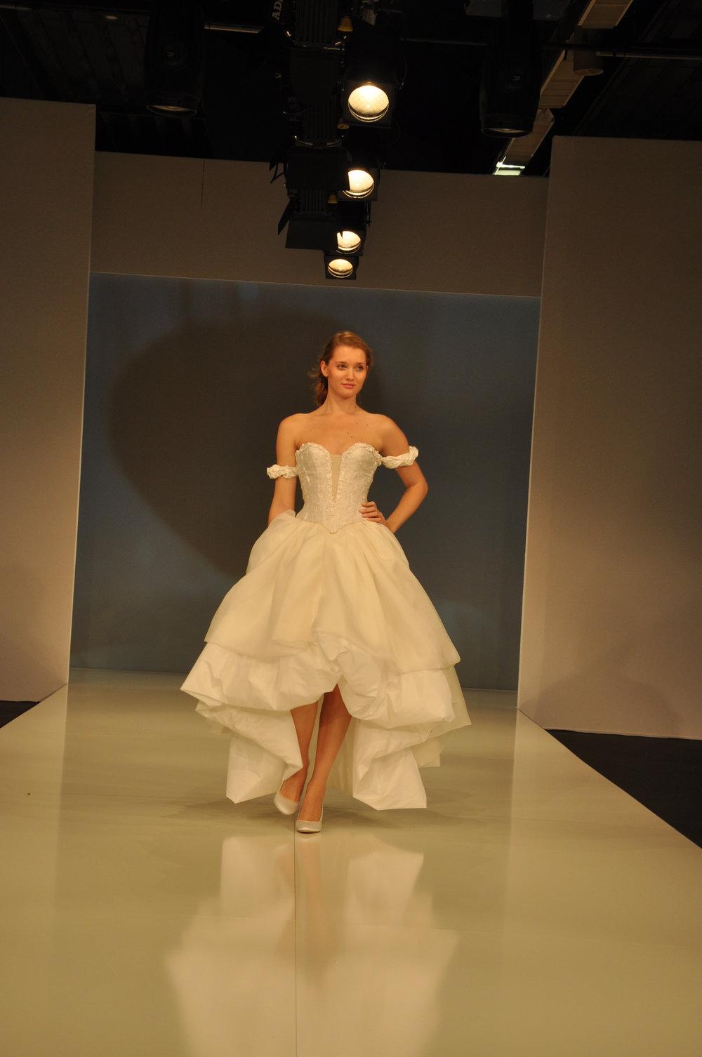 Robe de mariée Ballerine courte longue Agnes Szabelewski.jpg