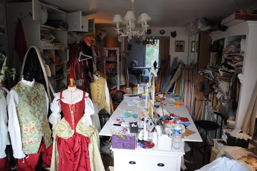 Atelier Agnès Szabelewski costumes époque.jpg
