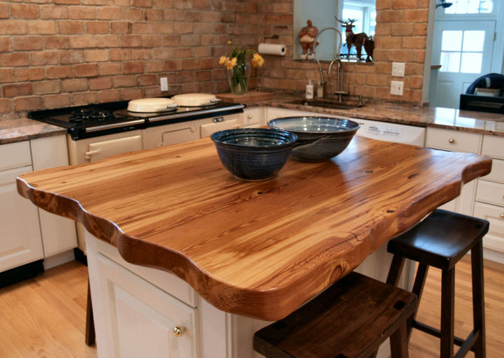 Reclaimed_Longleaf_Pine_Wood_Island_Countertops_10101.jpg