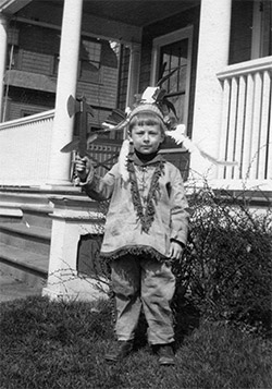 Photo of Ted Geisel as a child, c. 1909, Collection of Margaretha and Ted Owens