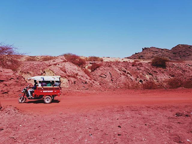 📍 Hormuz Island, Persian Gulf, IRAN 🔴 the Red land 🔴